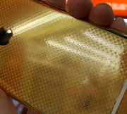 24K-gold-plated-version-of-the-Apple-iPhone-64