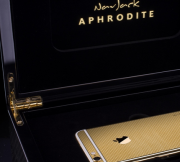 24K-gold-plated-version-of-the-Apple-iPhone-67