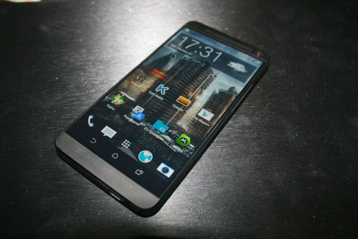ลือ HTC One M7 จะได้ Android 5.0.2 Lollipop เป็นรอมตัวสุดท้าย