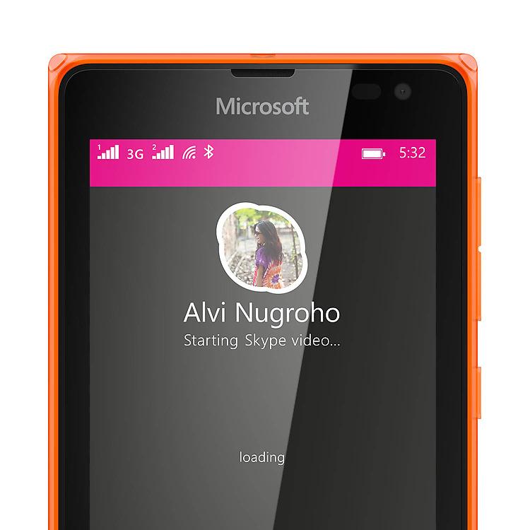Nokia Lumia 5329