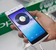 OPPO-R5-N3-Launch-Event-SpecPhone-005