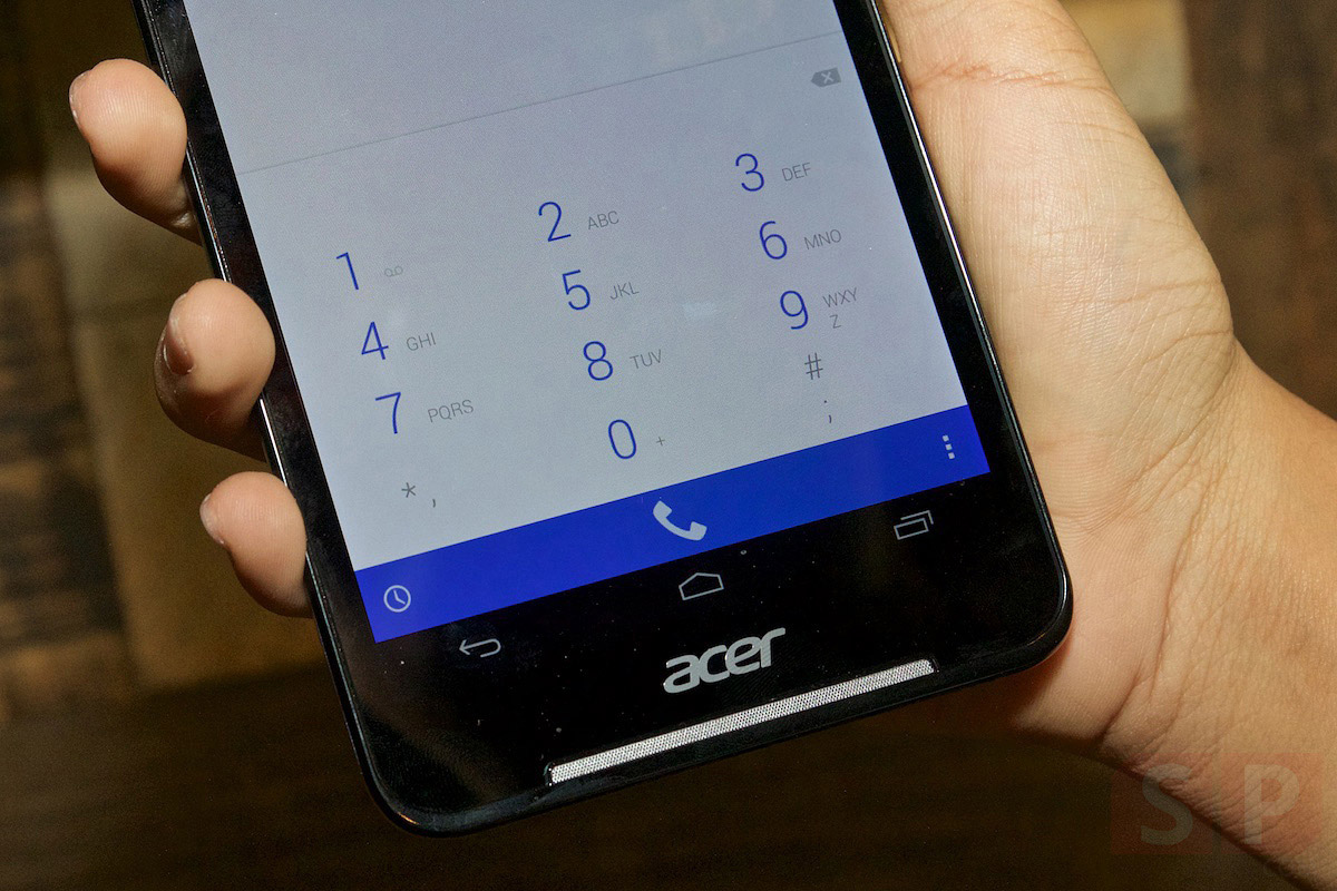 Preview-Hands-on-Acer-Iconia-Talk-S-SpecPhone-006