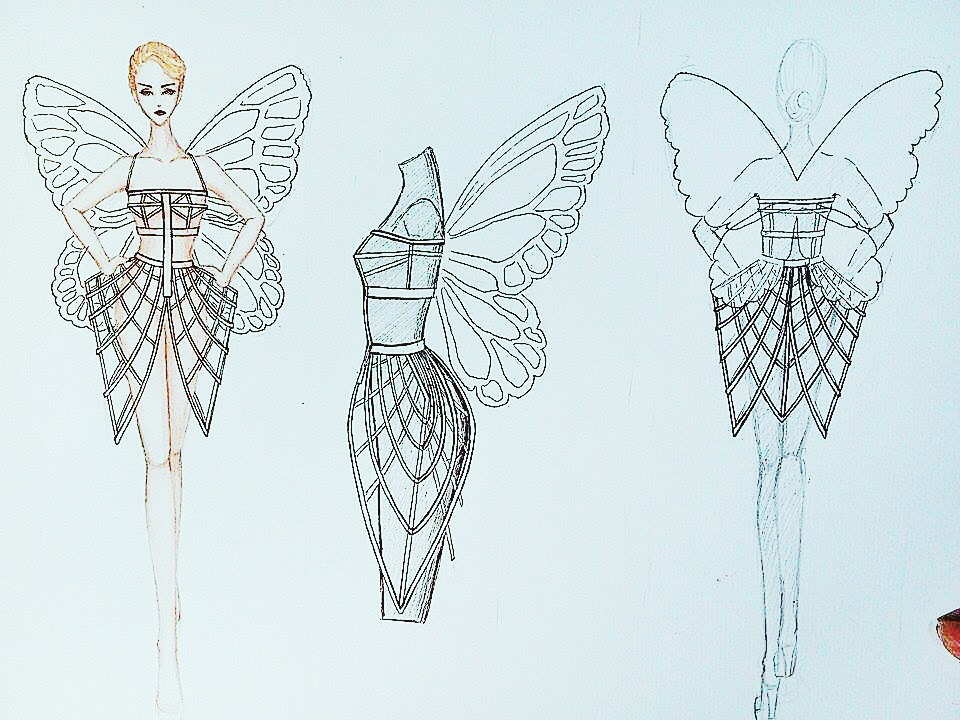 4. Sketch of Ly Qui Khanh's opening outfit