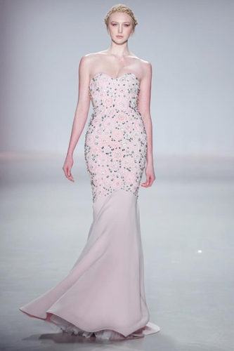 9. International model to present The Last Petal collection