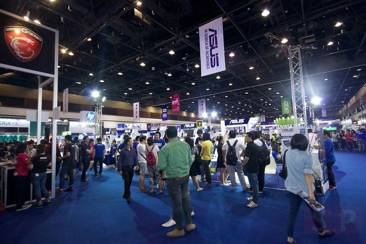Commart-Thailand-2015-Summer-Sale-SpecPhone-008