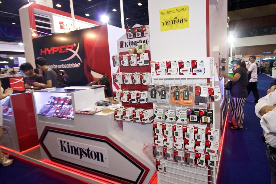 Kingston-Booth-Commart-Thailand-2015-Summer-Sale 005