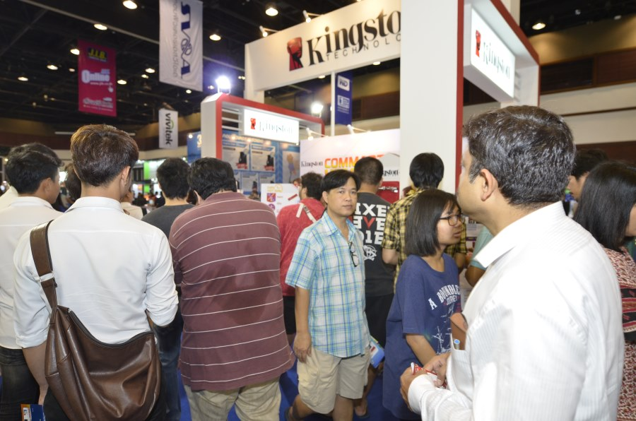 Kingston-Booth-Commart-Thailand-2015-Summer-Sale 014 (1)