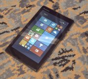 Lenovo-MIIX-300-hands-on-images (1)