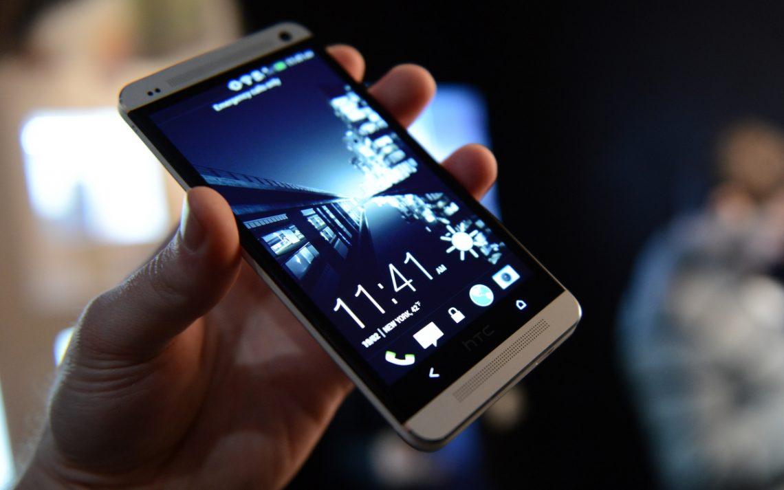 ผู้บริหาร HTC ให้ความหวัง HTC One (M7) อาจได้ไปต่อใน Android 5.1