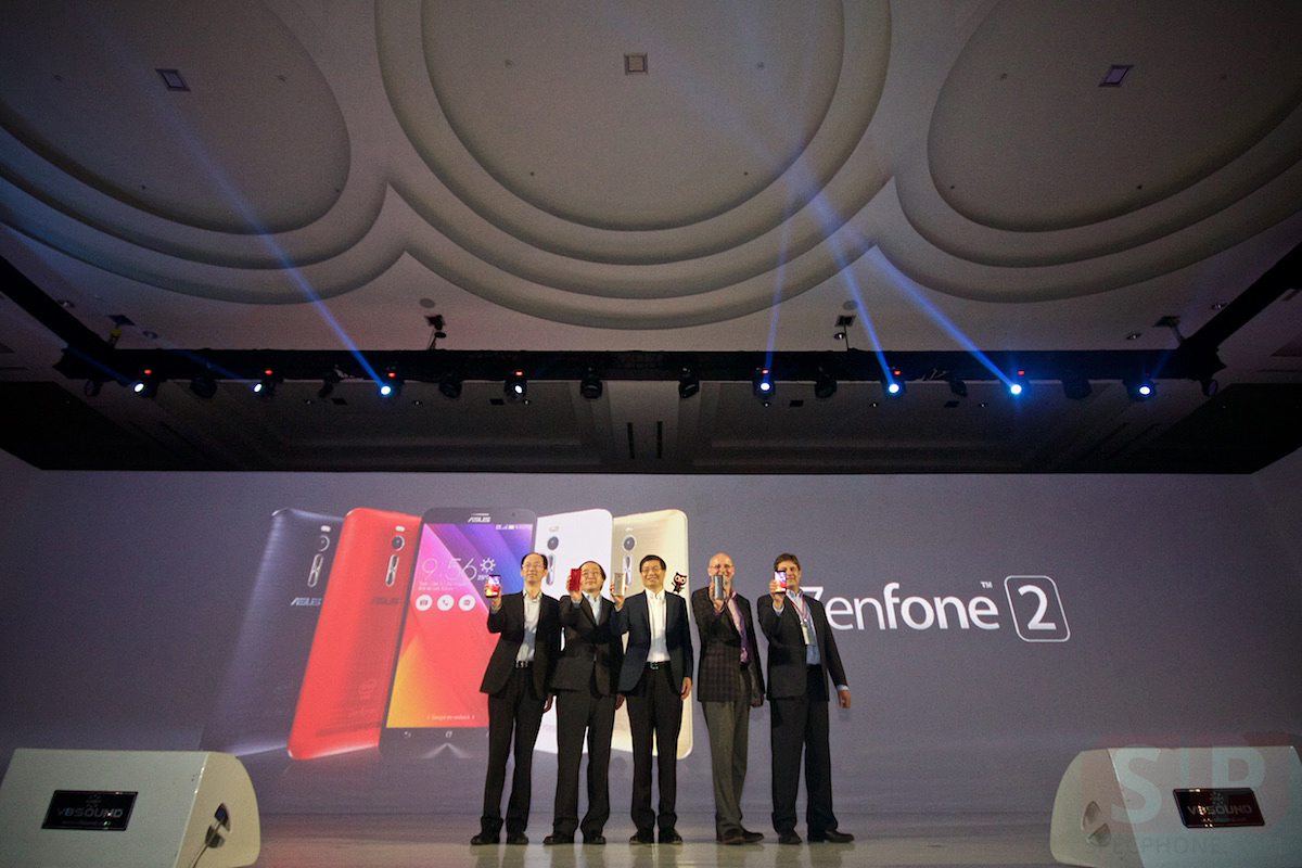 ASUS-Zenfone-2-Launching-In-Indonesia-SpecPhone 047
