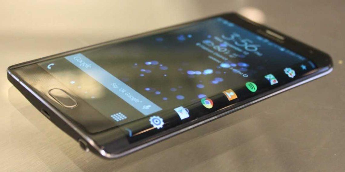 Samsung มีแผนที่จะปล่อยมือถือจอโค้งรุ่นอื่น ก่อนหน้า Note Edge 2015