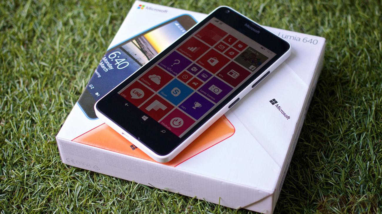 Preview-Microsoft-Lumia-640-SpecPhone-013
