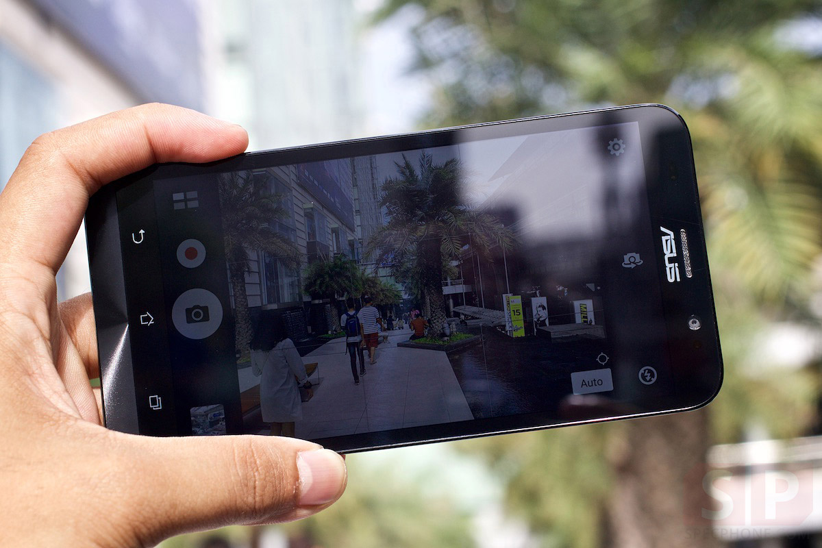 Review-ASUS-Zenfone-2-ram-4gb-2gb-ze551ml-ze550ml-SpecPhone-014