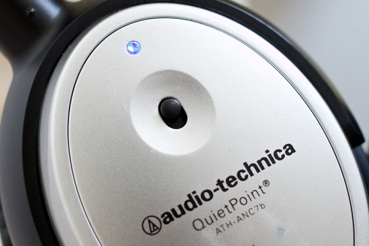 Review-Audio-Technica-ATH-ANC7b-SViS-SpecPhone 011