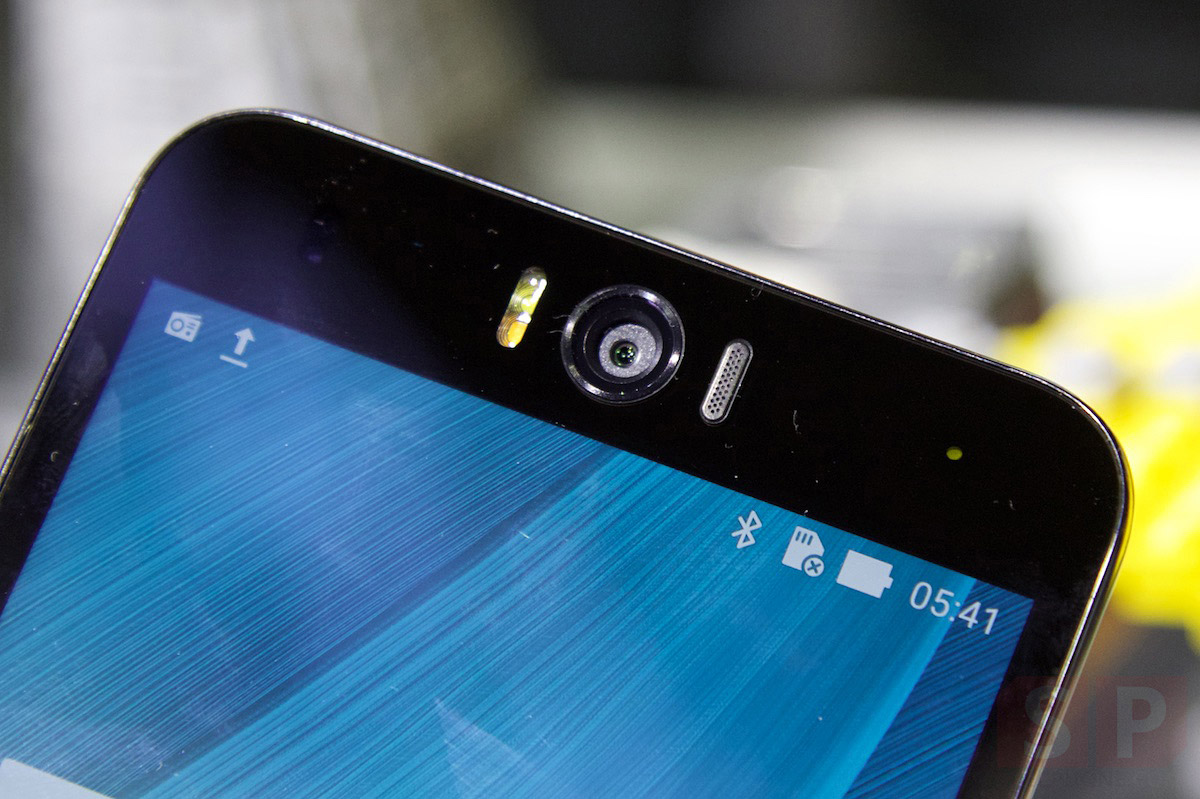 Hands-on-Preview-Asus-Zenfone-Selfie-SpecPhone-005