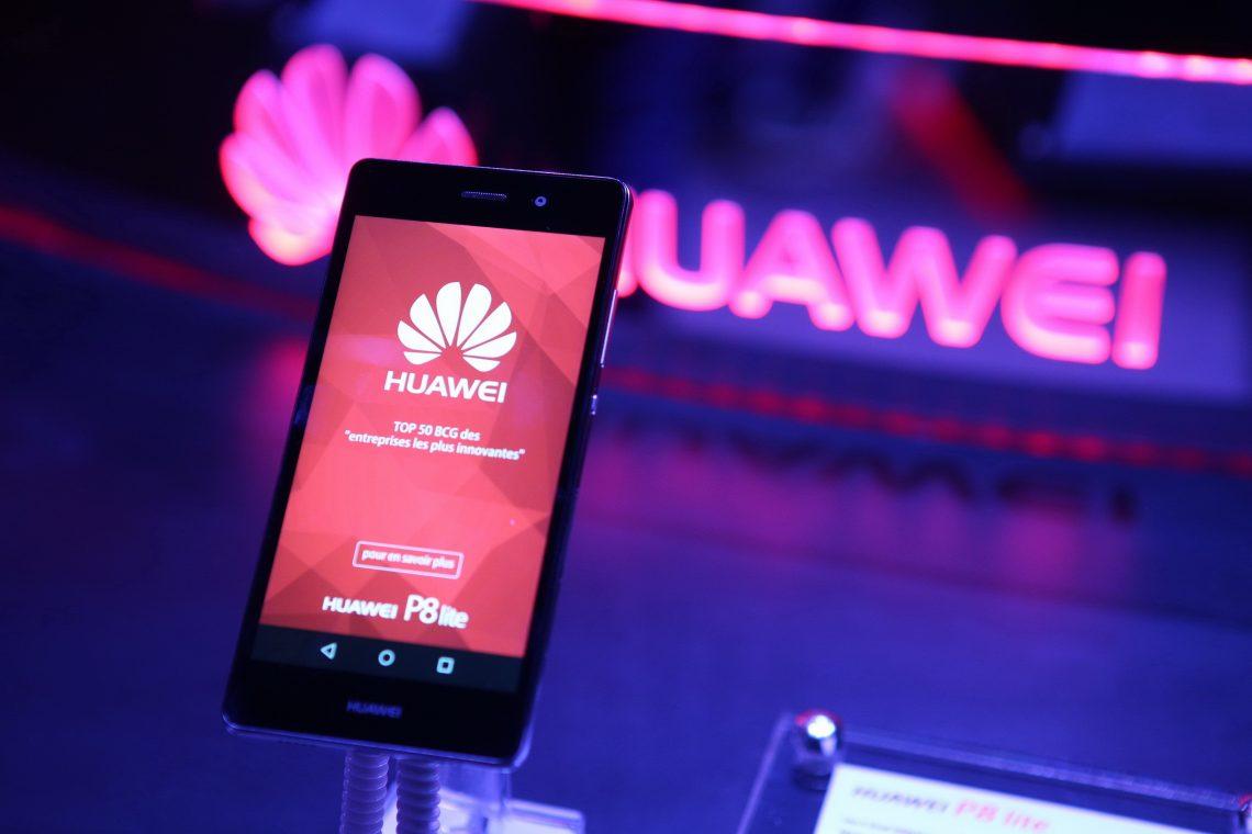 Huawei เตรียมยกระดับ UI ครั้งใหญ่ ดึงตัวอดีตหัวหน้าทีมดีไซน์ของ Apple เข้ามาปรับโฉมใหม่ หวังเข้าถึงผู้ใช้ได้ง่ายขึ้น