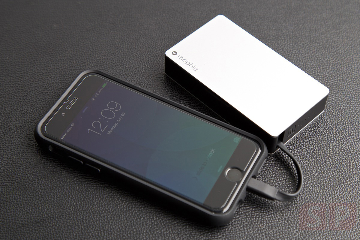 Review-Mophie-Powerbank-SpecPhone 029