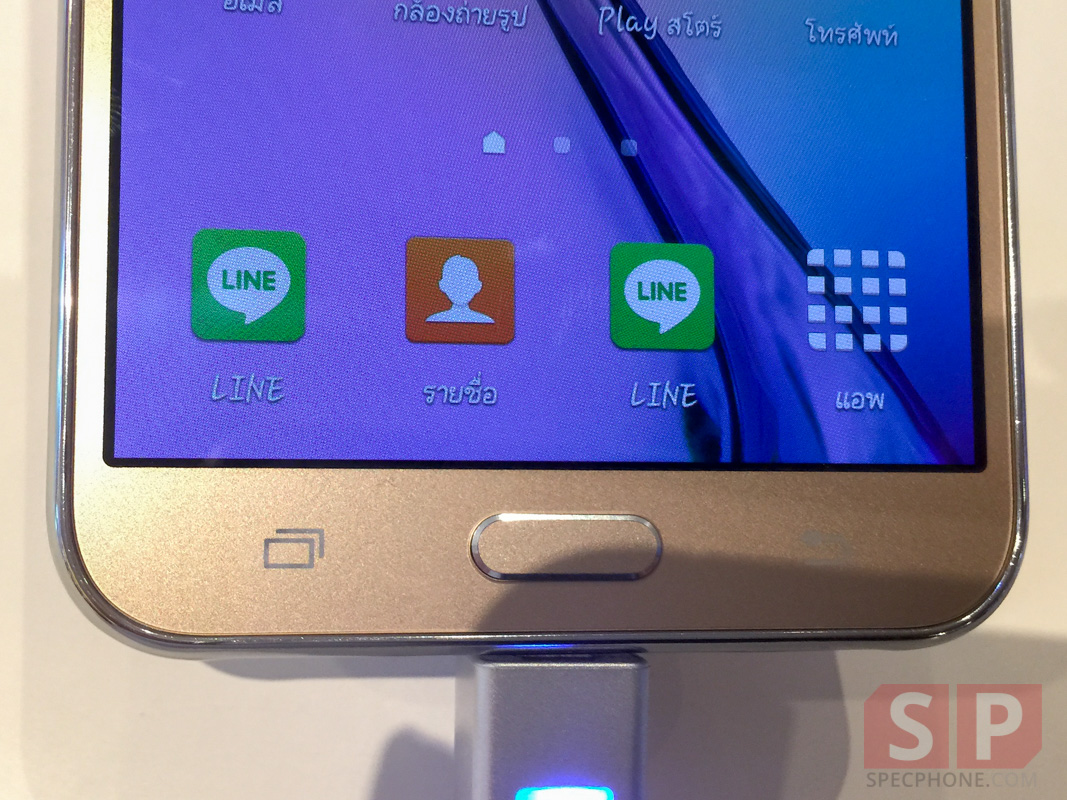 Hands-on-Preview-Samsung-Galaxy-J7-SpecPhone-002