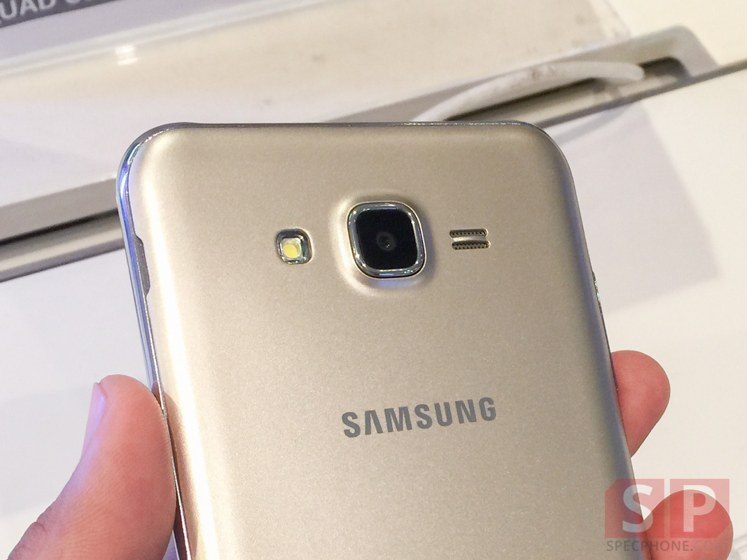 Hands-on-Preview-Samsung-Galaxy-J7-SpecPhone-014