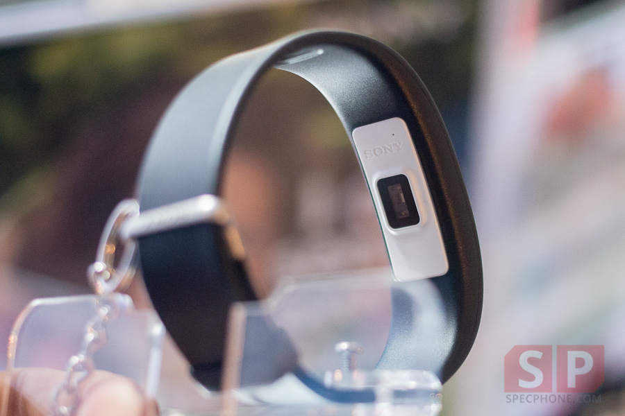 Hands-on-Preview-Sony-Smartband-2-SpecPhone-001
