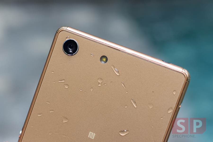 Hands-on-Preview-Sony-Xperia-M5-SpecPhone-014