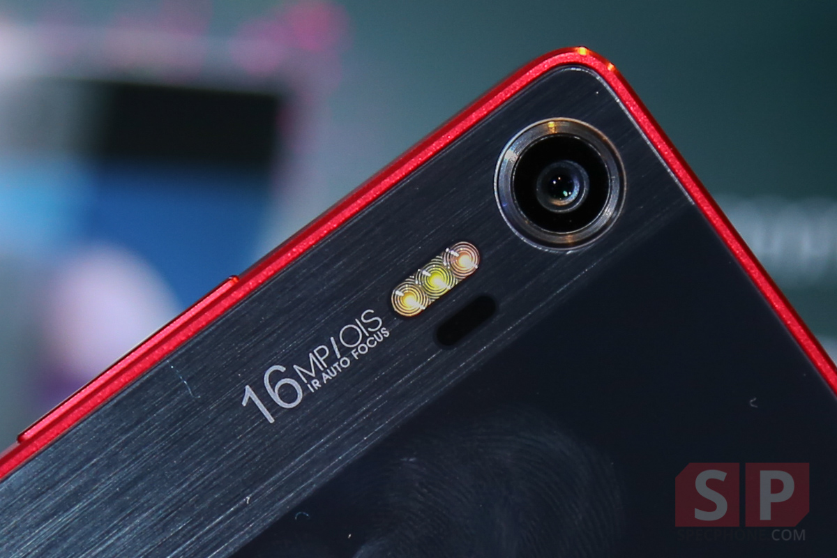 Hands-on-Preview-lenovo-Vibe-Shot-SpecPhone-014