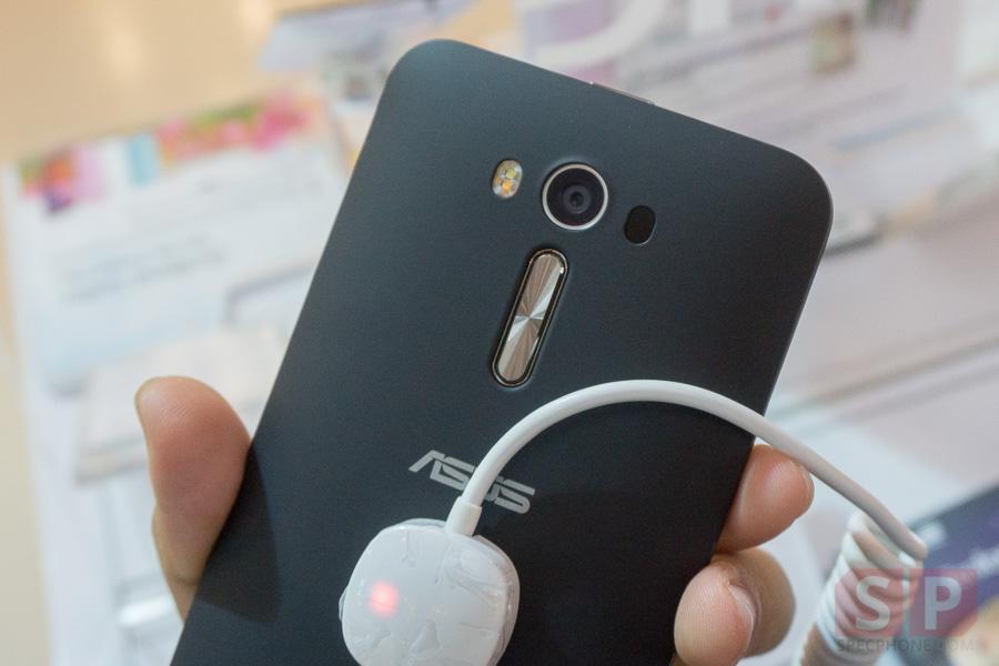 Hands-on-ASUS-Zenfone-2-Deluxe-Laser-Selfie-SpecPhone-009