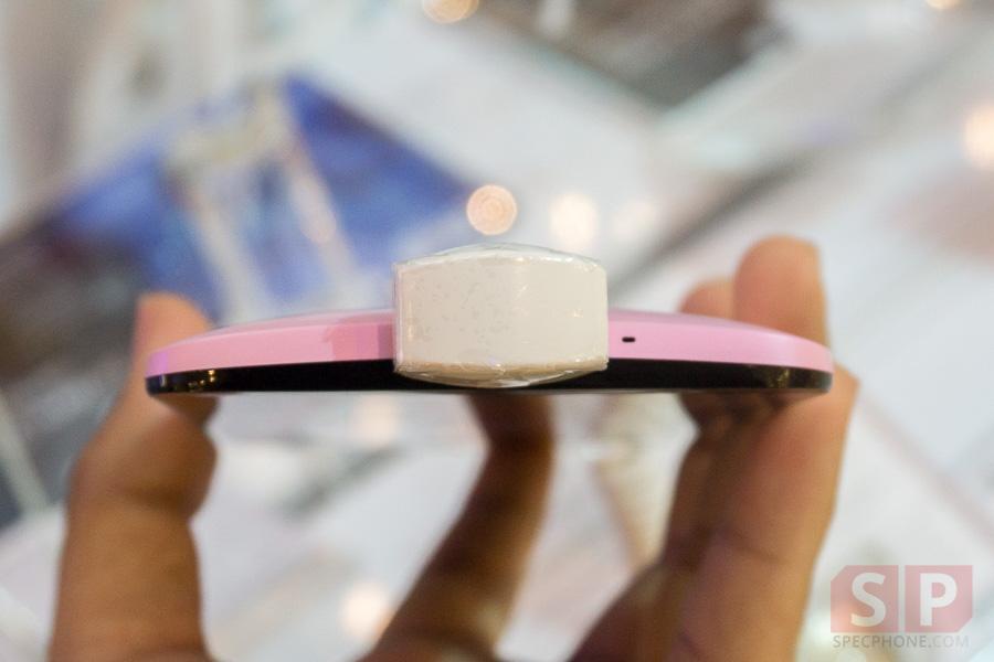 Hands-on-ASUS-Zenfone-2-Deluxe-Laser-Selfie-SpecPhone-022
