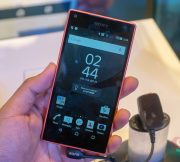 Hands-on-Sony-Xperia-Z5-Compact-SpecPhone-001