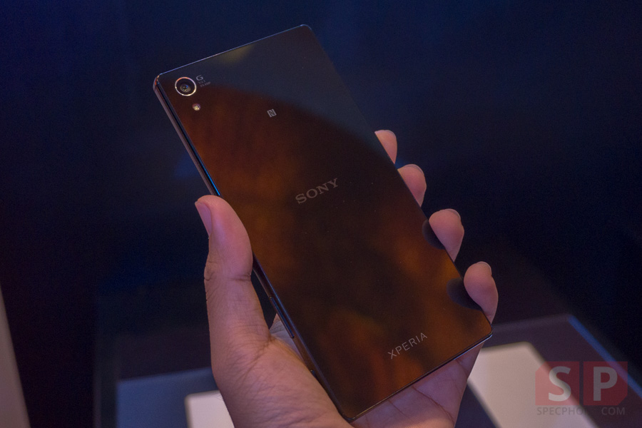 Hands-on-Sony-Xperia-Z5-Premium-SpecPhone-002