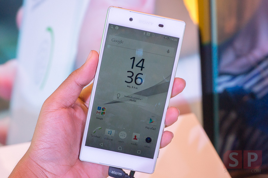Hands-on-Sony-Xperia-Z5-SpecPhone-003