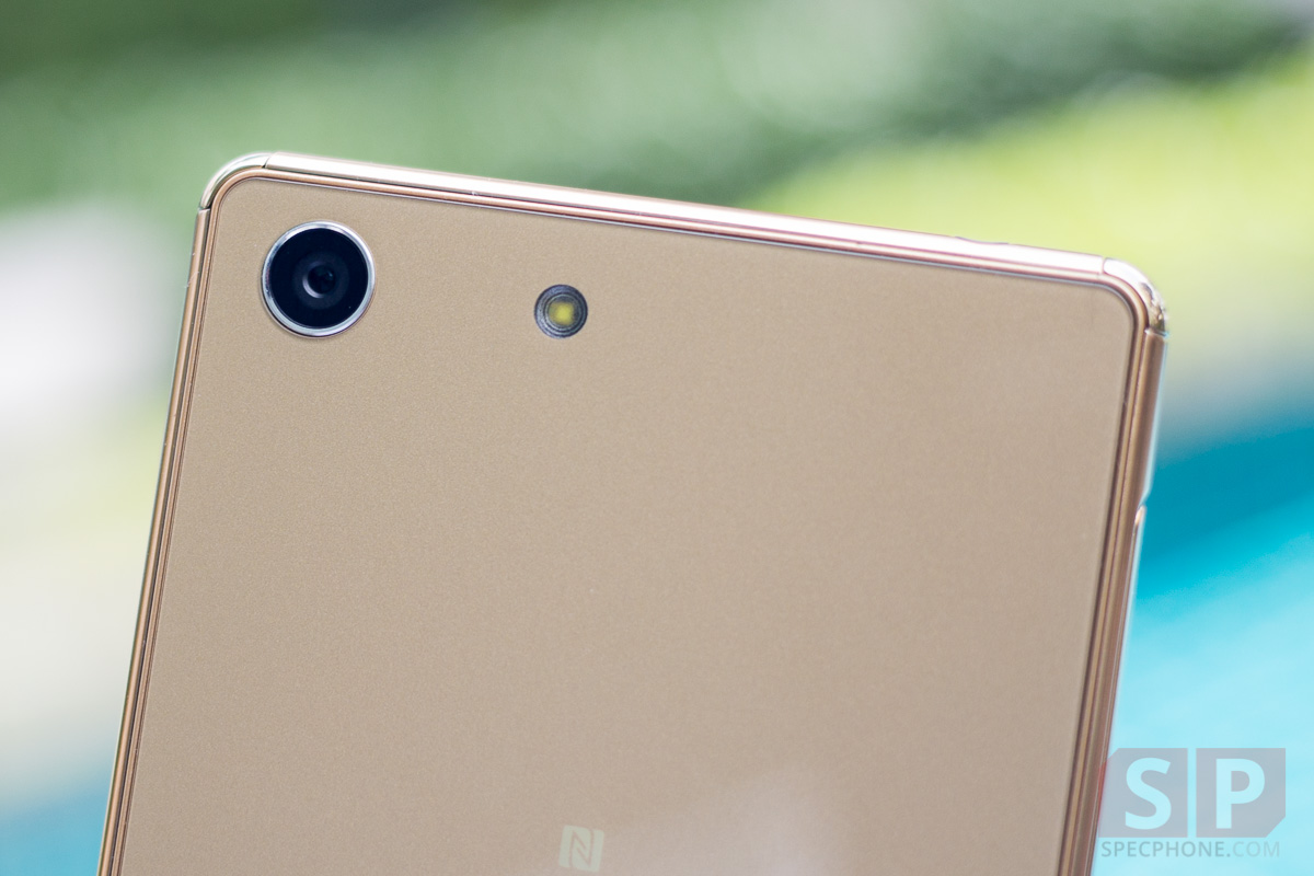 Review-Sony-Xperia-M5-SpecPhone-3