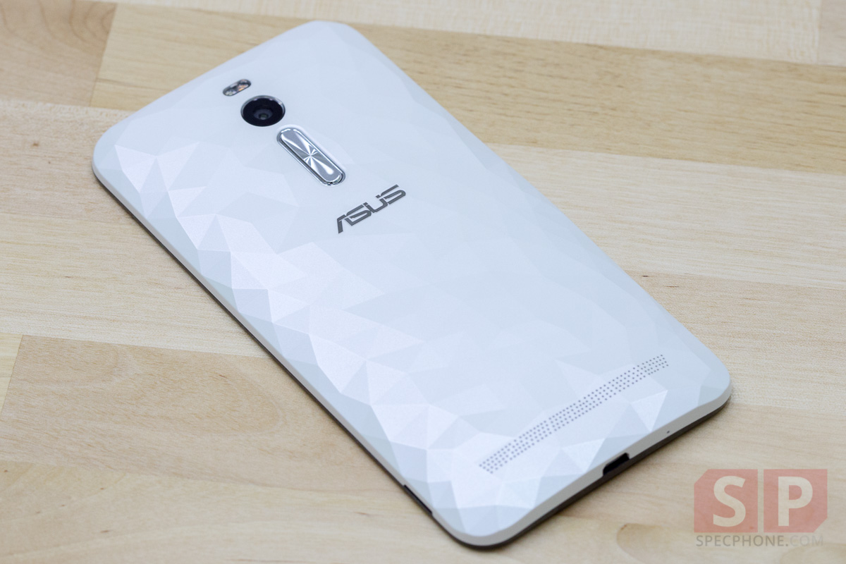 Review-ASUS-Zenfone-2-Deluxe-SpecPhone-001