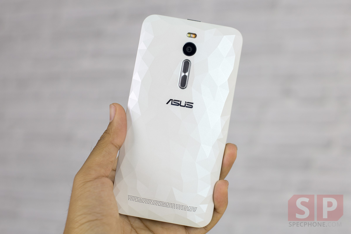 Review-ASUS-Zenfone-2-Deluxe-SpecPhone-006