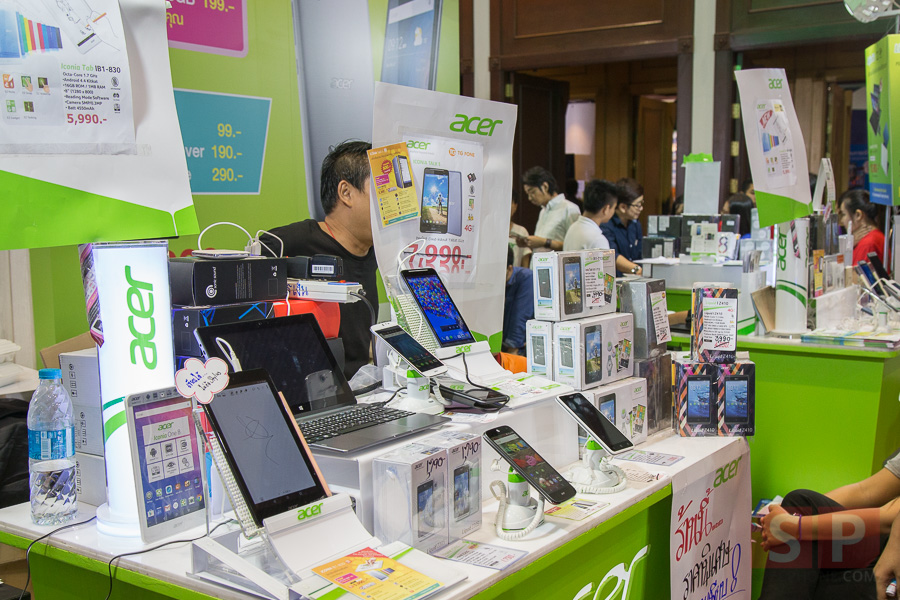 TME-2015-Booth-Acer-SpecPhone-003