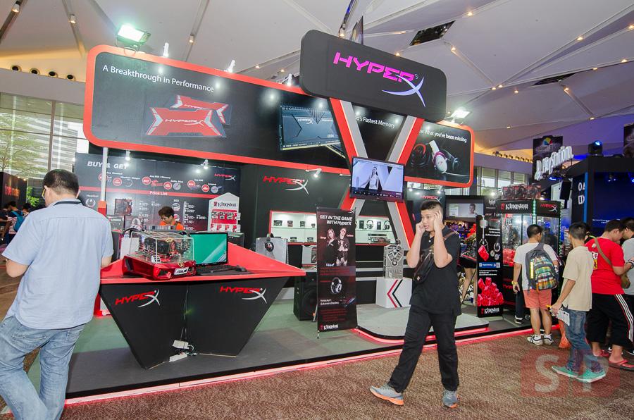 บรรยากาศบูธ Kingston ในงาน  Thailand Game Show BIG Festival 2015 ขนอุปกรณ์แจ่มๆ มาโชว์เพียบ