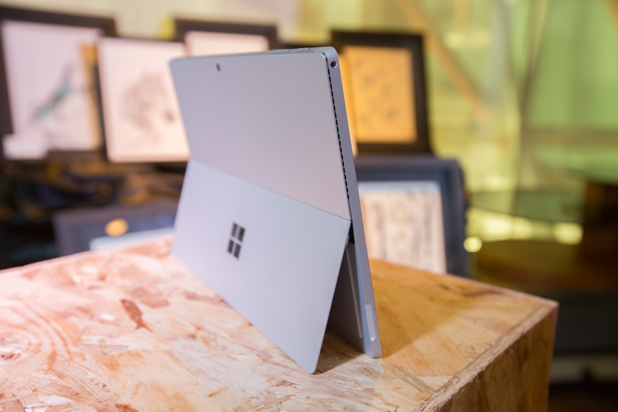 Hands on Microsoft Surface Pro 4 SpecPhone 00023