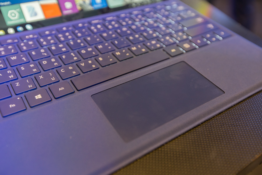 Hands on Microsoft Surface Pro 4 SpecPhone 00033