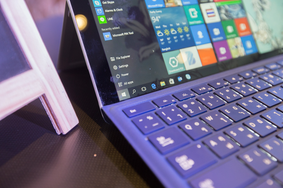 Hands on Microsoft Surface Pro 4 SpecPhone 00034