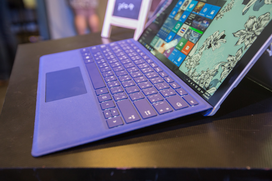 Hands on Microsoft Surface Pro 4 SpecPhone 00036