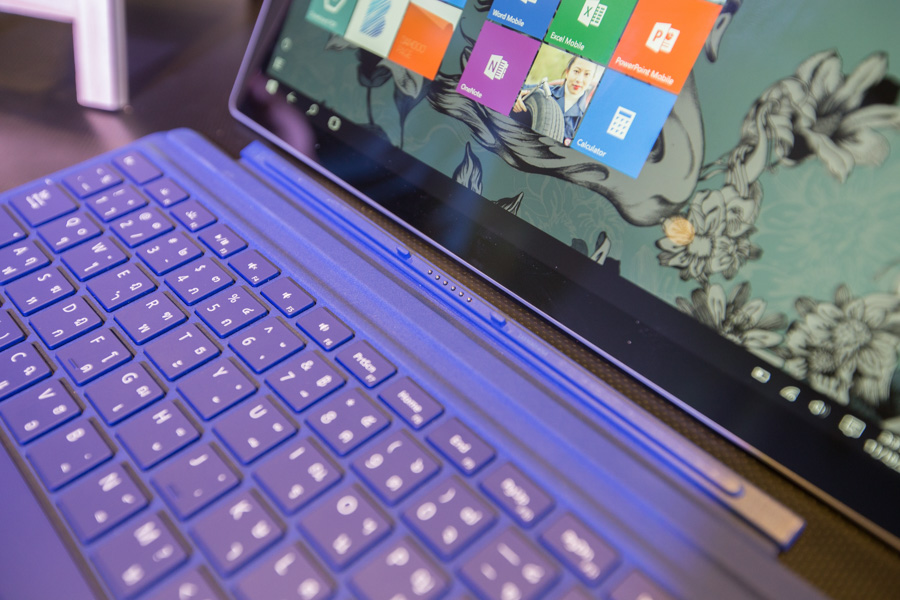 Hands on Microsoft Surface Pro 4 SpecPhone 00041