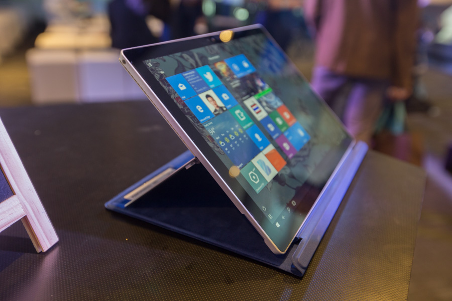 Hands on Microsoft Surface Pro 4 SpecPhone 00045