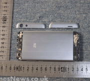 The-ZTE-Blade-L6-visits-the-FCC (3)