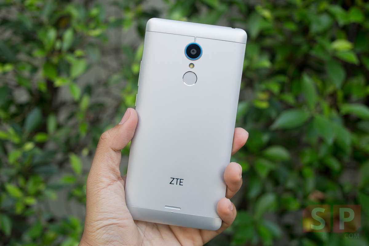 Review-ZTE-Blade-A711-SpecPhone-006