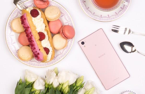 เผยภาพโฆษณา Sony Xperia Z5 สีชมพู คาด!!วางจำหน่ายทั่วโลกในเดือนหน้า