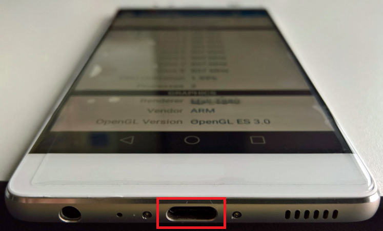 USB-Type-C-port-appears-on-the-bottom