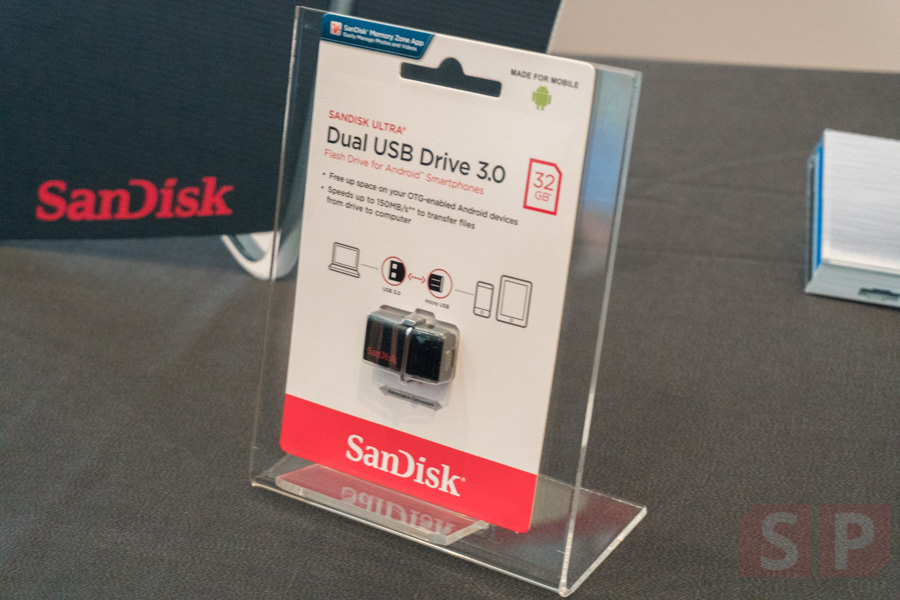 Review-Sandisk-iXpand-Flash-Drive-SpecPhone-00004