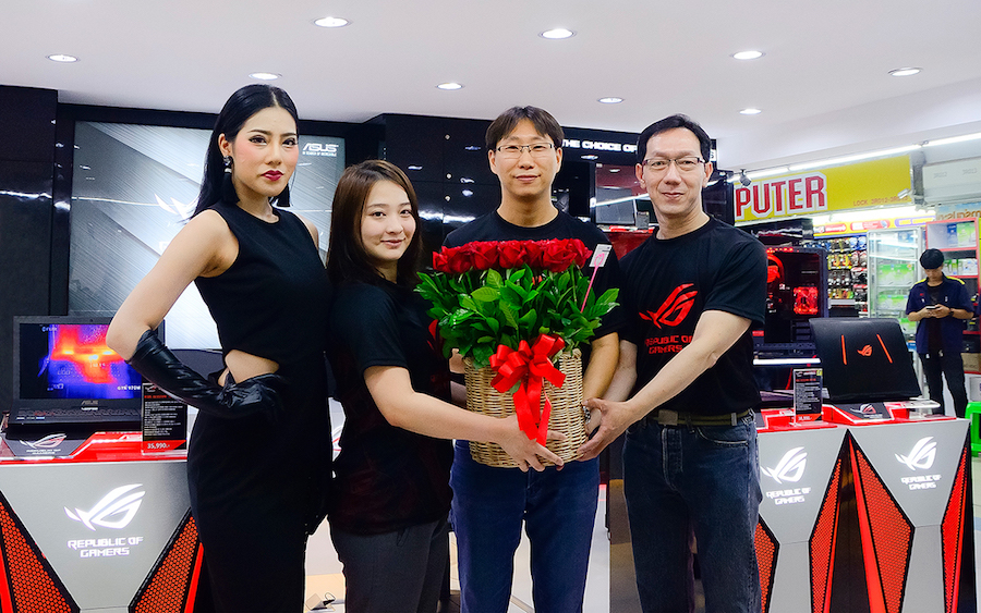 ASUS ROG Experience Shop by J-Net_1
