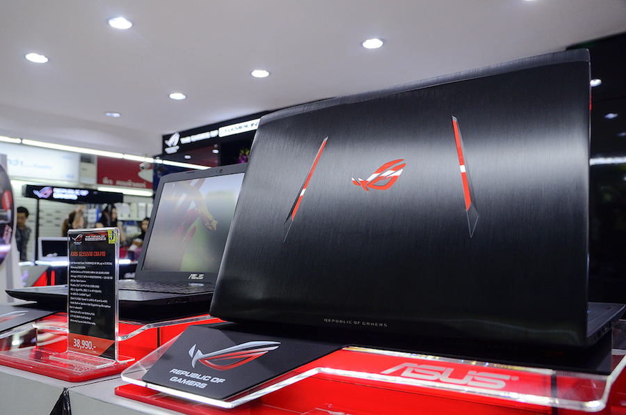 ASUS ROG Experience Shop by J-Net_4