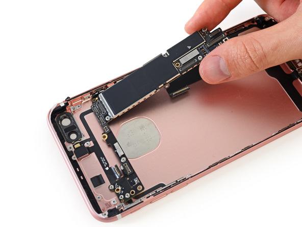 Apple-iPhone-7-Plus-teardown-highlights (1)